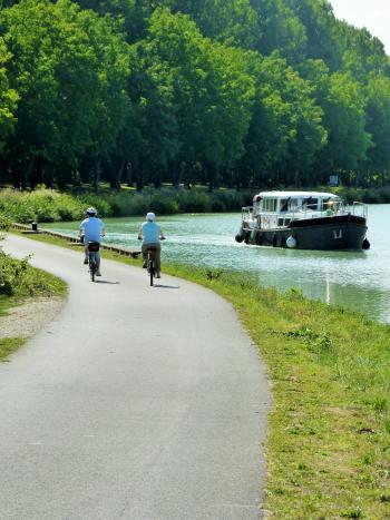 Véloroute de la Vallée de la Marne ©PNRMR