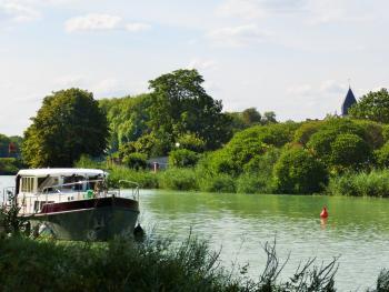 Canal latéral à la Marne à Mareuil-sur-Ay ©PNRMR